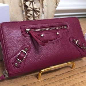 d18477b2ad89 Balenciaga Key Wallet.  150  450. ❤️MAKE OFFER❤ 🅿 👍🅿️